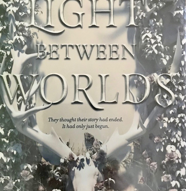 Laura E. Weymouth's — The light between worlds *****