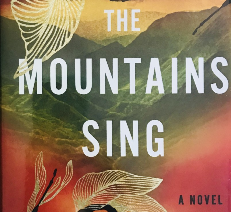 Nguyen Phan Que Mai's — The mountains sing *****